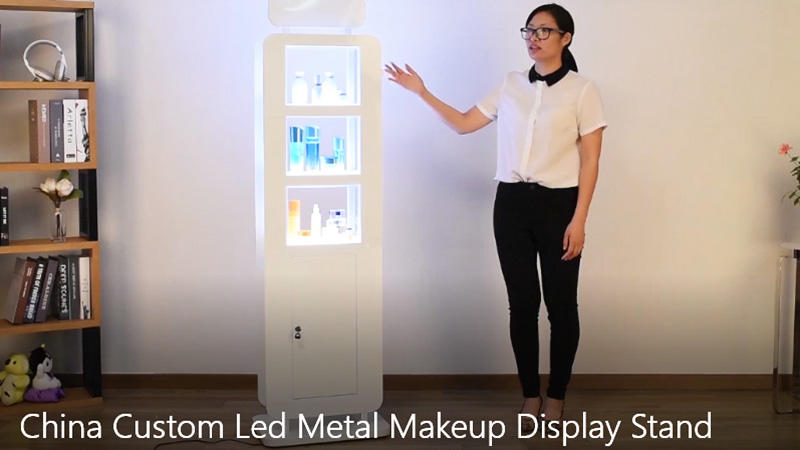 China Custom Led Metal Makeup Display Stand