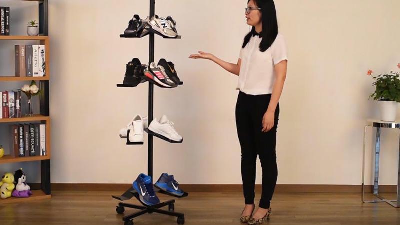 China Manufacturer Custom Rotating Metal Shoe Display