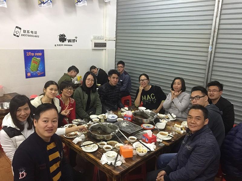 YISHANG -Yishang December Hot Pot Dinner Party | Desk Display Stand