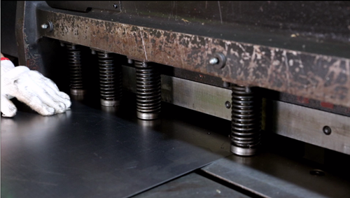 Sheet Metal Fabrication - CNC Cutting Metal Plate
