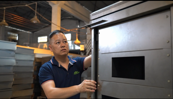 Sheet Metal Fabrication Factory - Inspect Angle for Custom Metal Enclosure Before Powder Coating